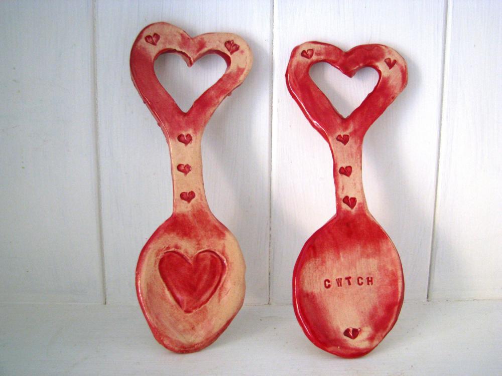 Heart ceramic Lovespoon. Handmade in Wales, UK. Ready to ship.